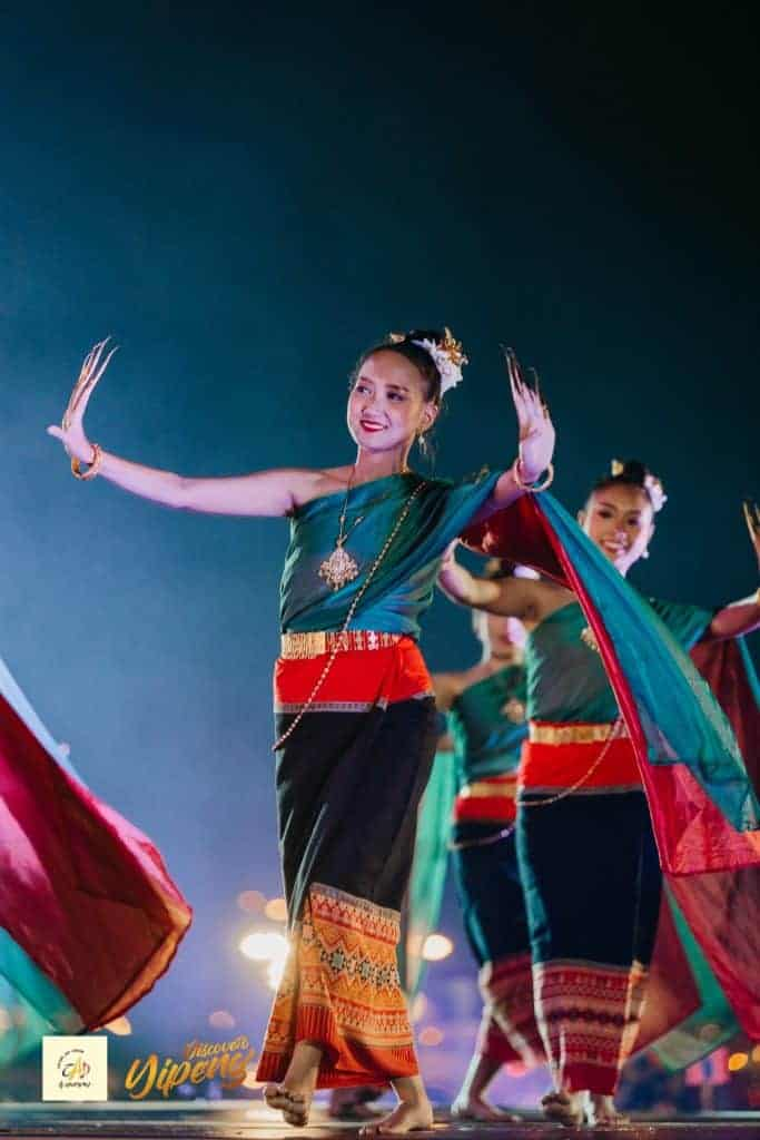 Chiang Mai Yipeng Lantern Festival by CAD Thai Traditional Dance Show